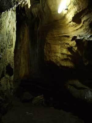 もろ洞窟.jpg